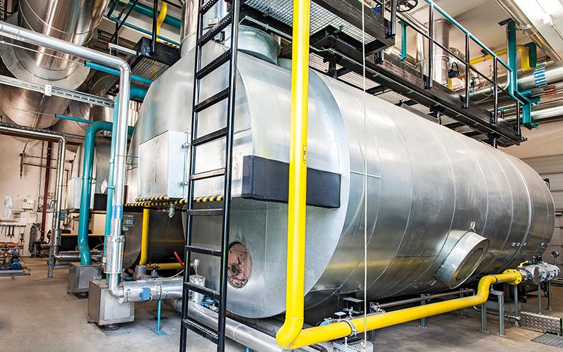 Heißwasserkessel_ZAK_Energiezentrale