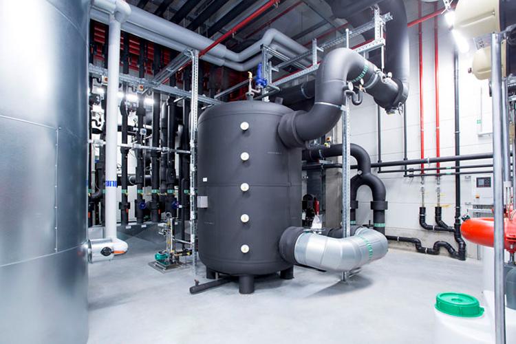 Einsparen von Energiekosten mittels Wärmerückgewinnung und Grundwasserkühlung